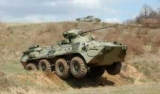 В России, солдаты сожгли новый БТР, приготовление ужина на костре