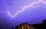 Норвежец был на видео удар молнии в ваш дом